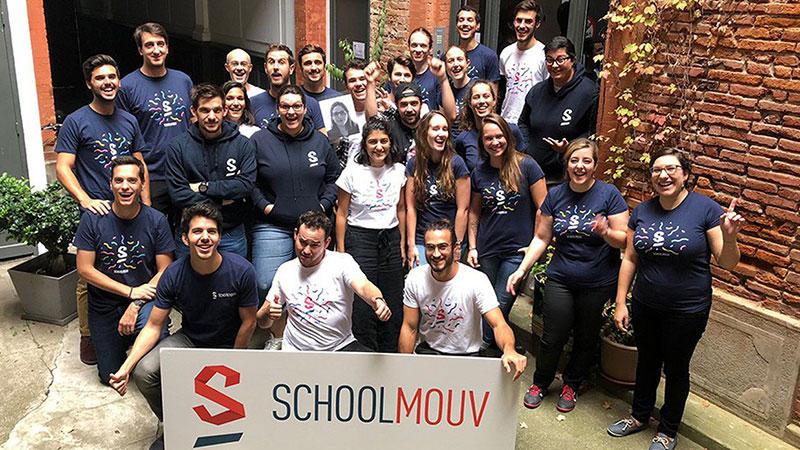 school mouv team